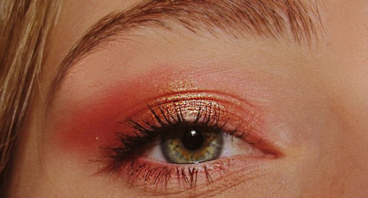 Avoid daily eyemakeup for healthylashes