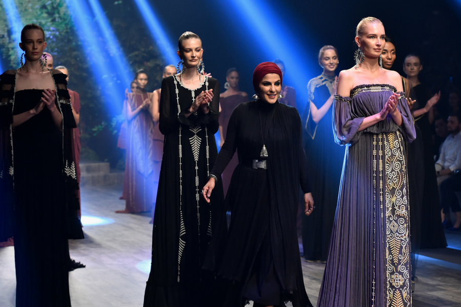 ZAREENA DFN DUBAI FASHION